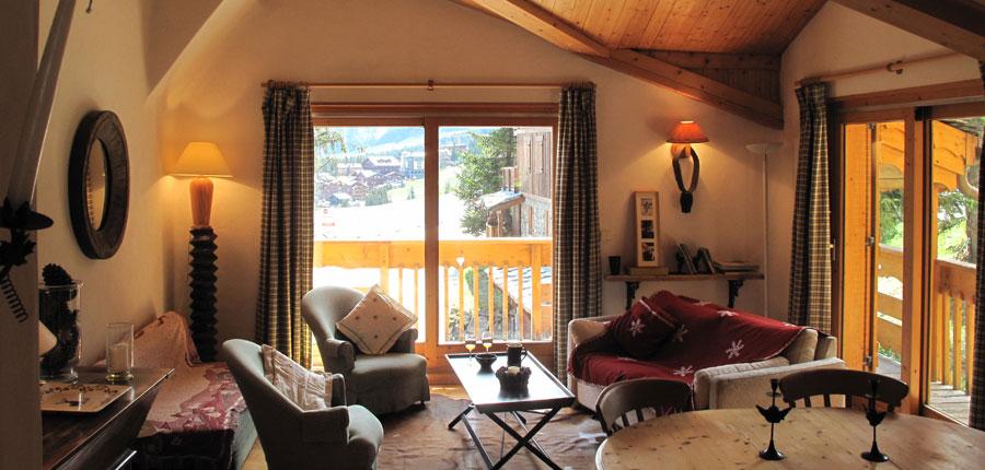 france_three-valleys-ski-area_courchevel_chalet-lozes-verdons_living-room.jpg